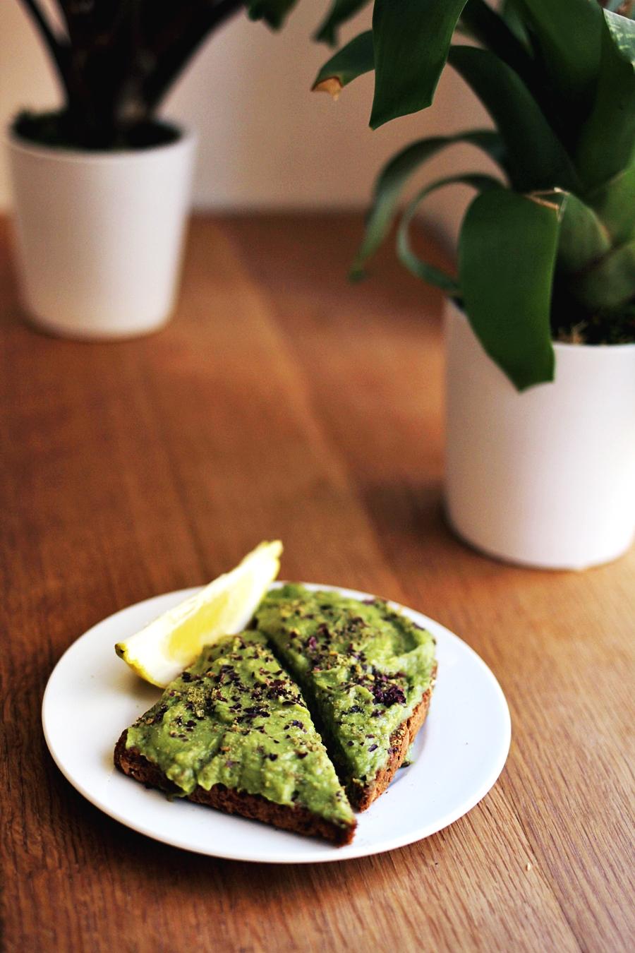 glutenfree avocado toast