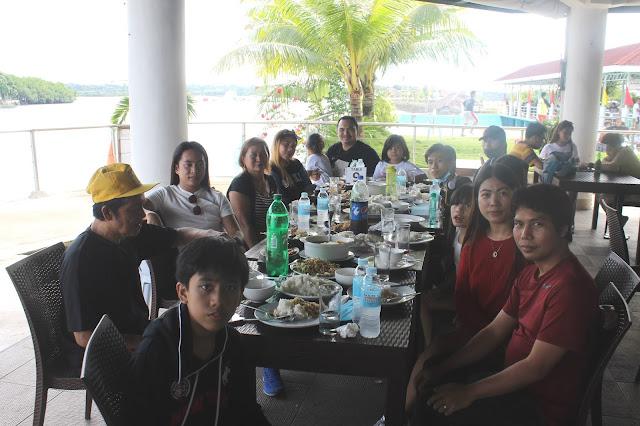 Justmom Food Review Cebu 2020 Lily's Restobar, Papa Kit's Marina and Fishing Lagoon - Dining