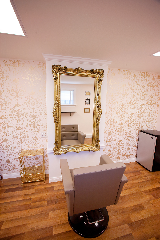 noted home a decorating notebook diy dream salon. Black Bedroom Furniture Sets. Home Design Ideas