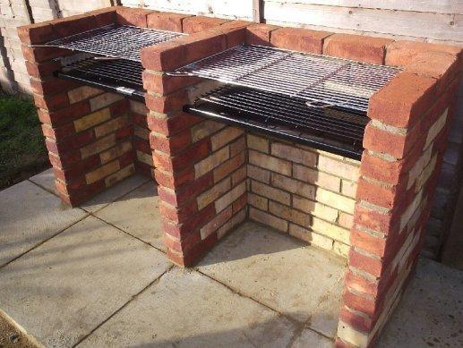 Come costruire un barbecue in muratura edilizia in un click