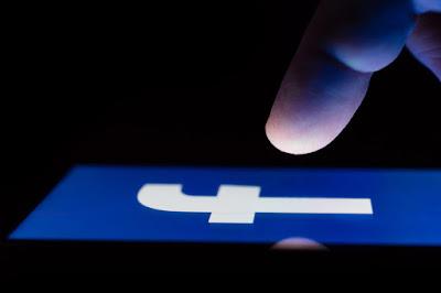 How to Get Dark Mode Facebook