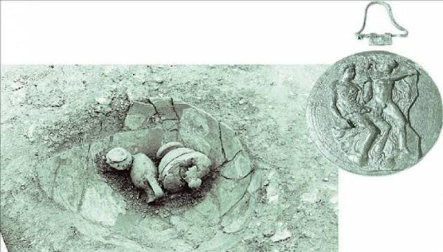 Σαλαμίνα: Ανακαλύφθηκαν σε τάφους πολύτιμα αντικείμενα λατρείας των αρχαίων Ελλήνων