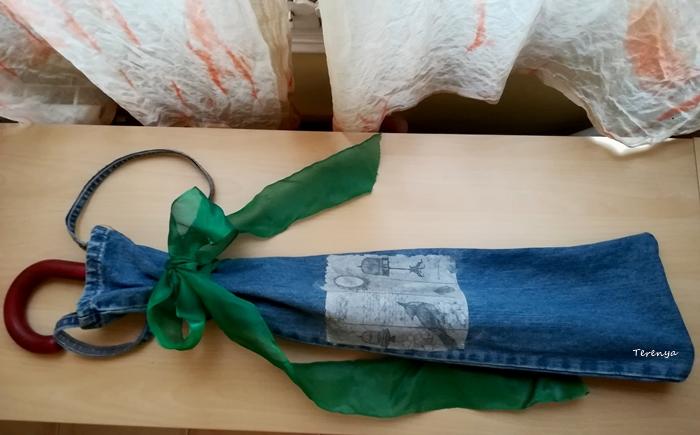 como-hacer-packaging-paraguas-reciclando-tejanos