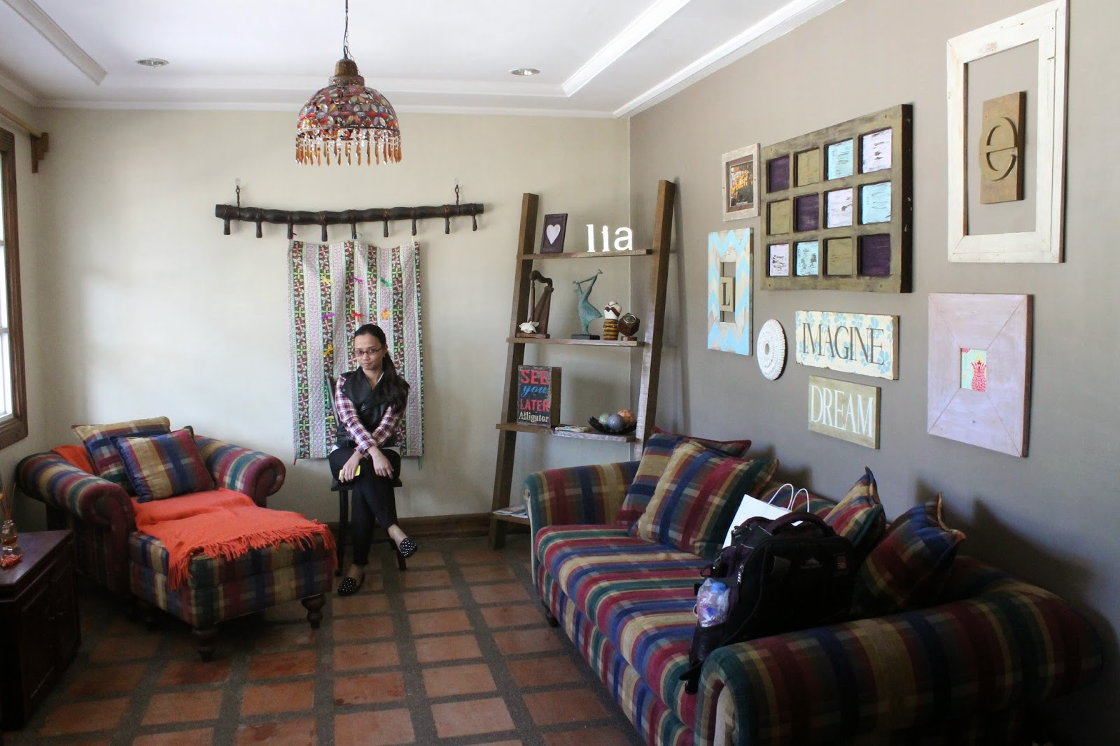 Enjoyable Lucias Bed And Breakfast Hidden Nook In Baguio City Be Carol Home Interior And Landscaping Ologienasavecom