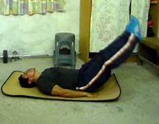 Círculos de piernas, acostado al piso