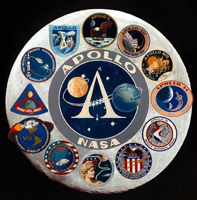 Neil Amstrong Mendarat Di Bulan