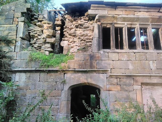 Extwistle Hall located near Briercliffe