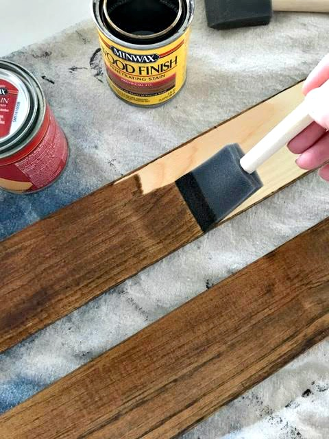 how to stain wood planks