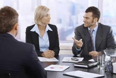 Pengertian, macam-macam dan fungsi komunikasi bisnis