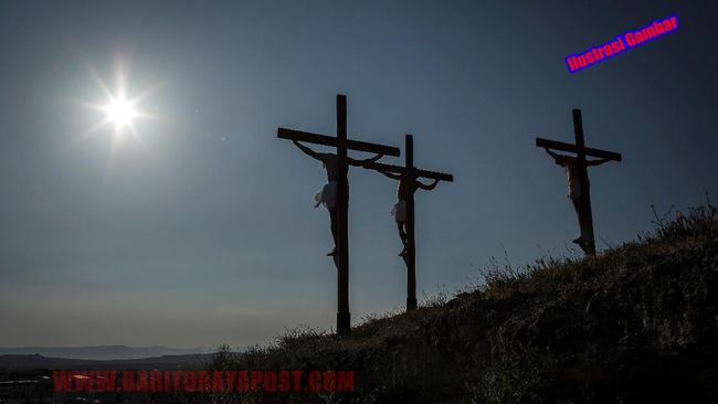 MOMENTO MORI: Tradisi Unik Pada Momen Paskah