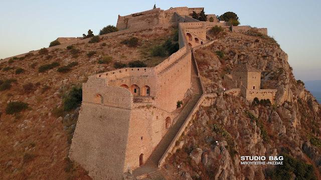 Τα τείχη του Παλαμηδίου στο Ναύπλιο έγιναν ηλεκτρονικό pyzzle - Μπορείτε να το λύσετε;