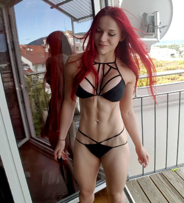 redhead stefanie