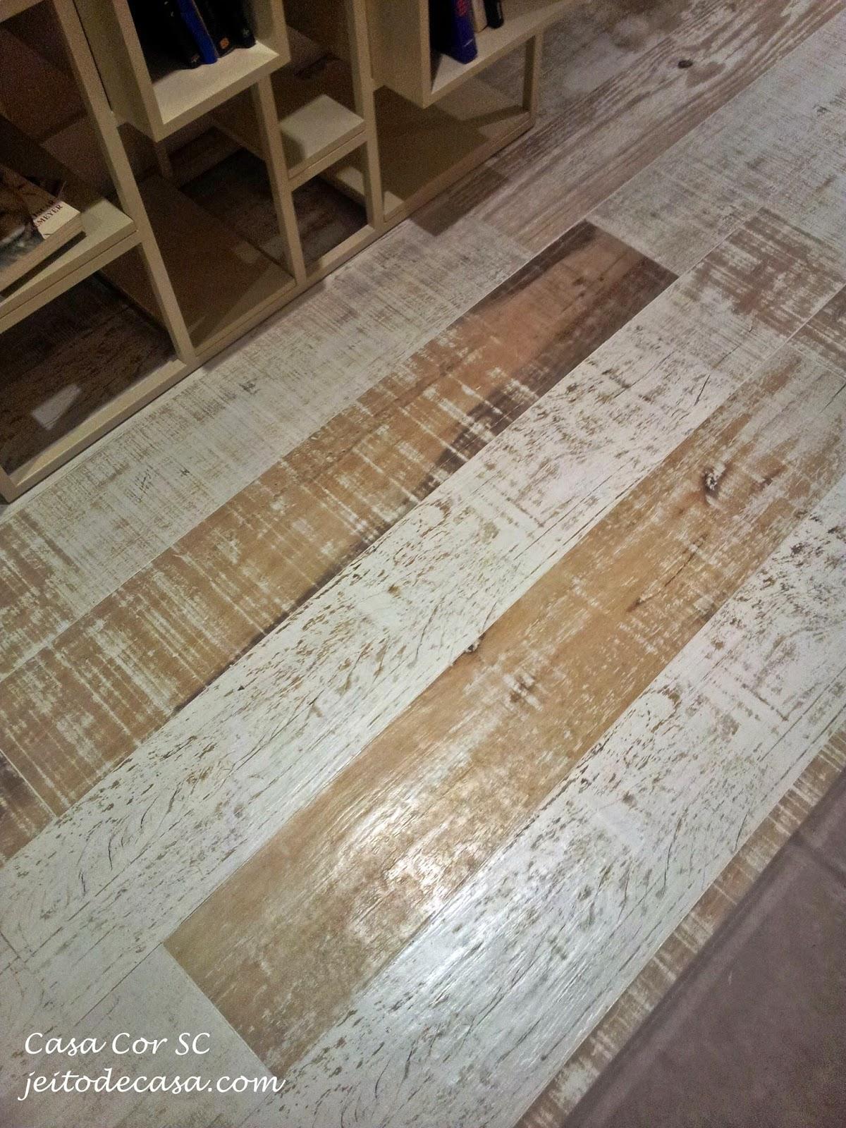 porcelanato que imita madeira portobello