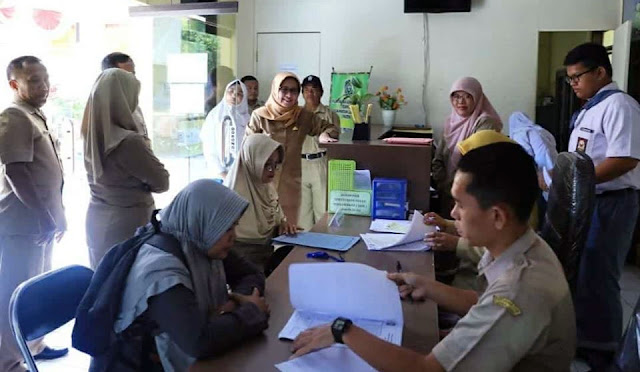 Pelayanan adminduk di Kantor Kecamatan Lumajang