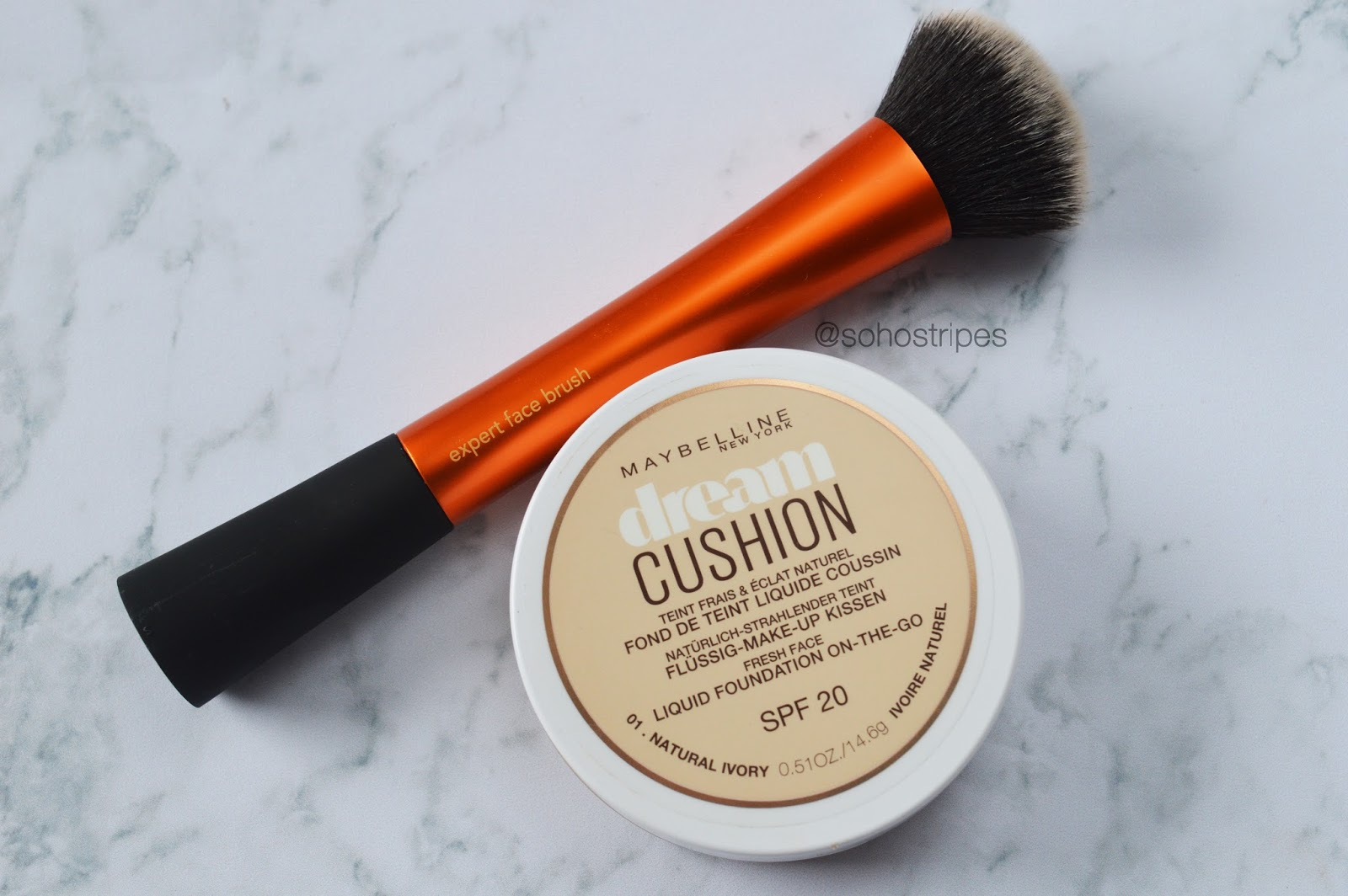 Maybelline Dream Cushion Foundation Natural Ivory 01 & Real Techniques Expert Face Brush