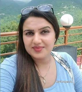 Indian hot beautiful girl photo Navel Queens
