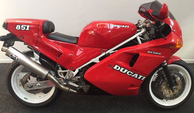 Ducati 851 1980s Italian sports motorbike