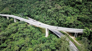 Duplicação da Serra do Cafezal completa 1 ano com redução no tempo de viagem