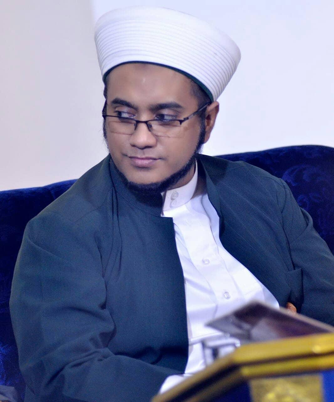 Download Wallpaper Habib Hasan 2702218