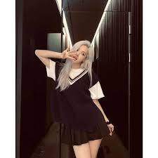 Pose Poto Ala K-Pop Idol. Dijamin Bikin Tambah Kece! The Zhemwel