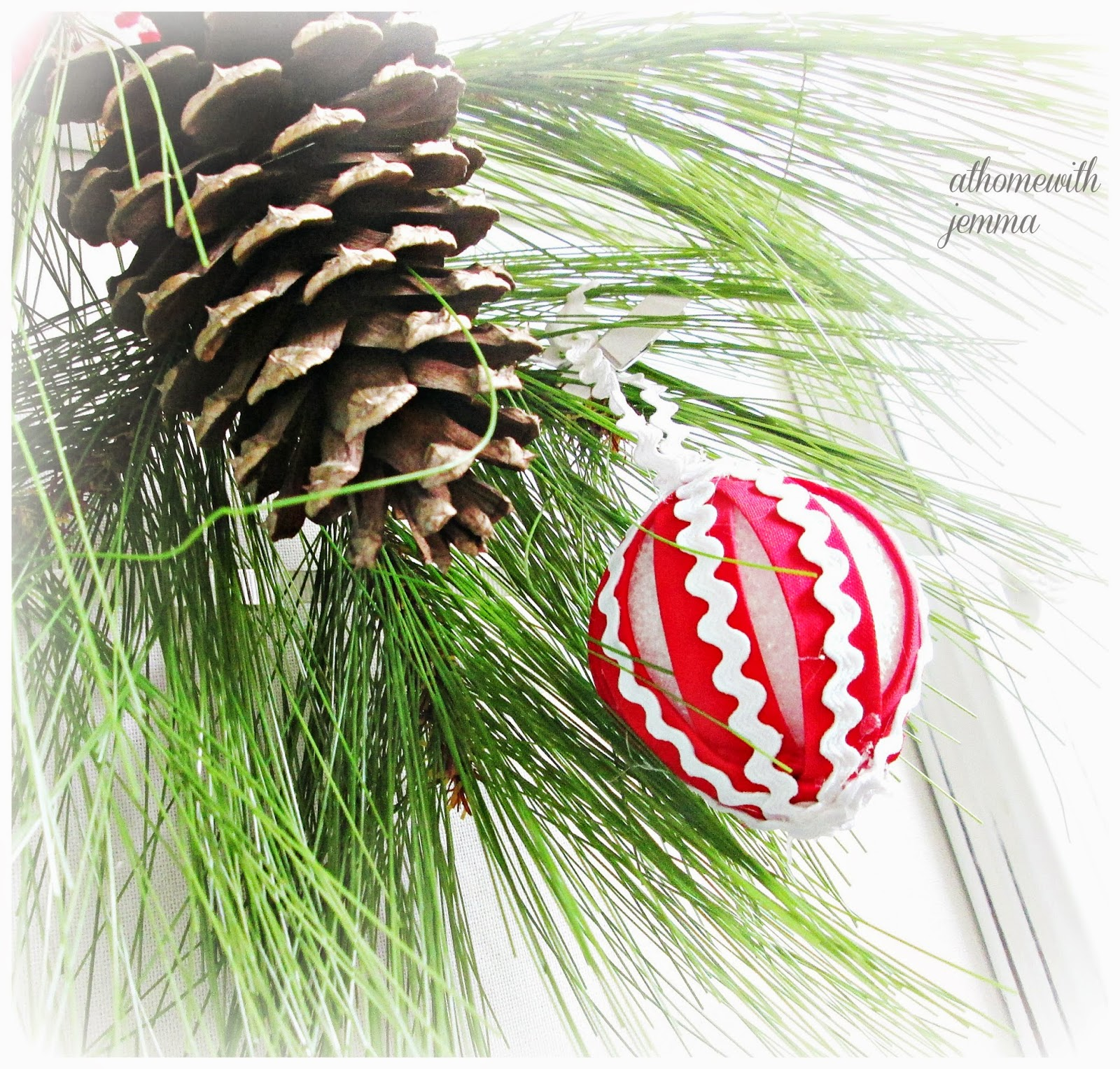 DIY, craft, Christmas, decorating, kid friendly craft,red, white Christmas ornament