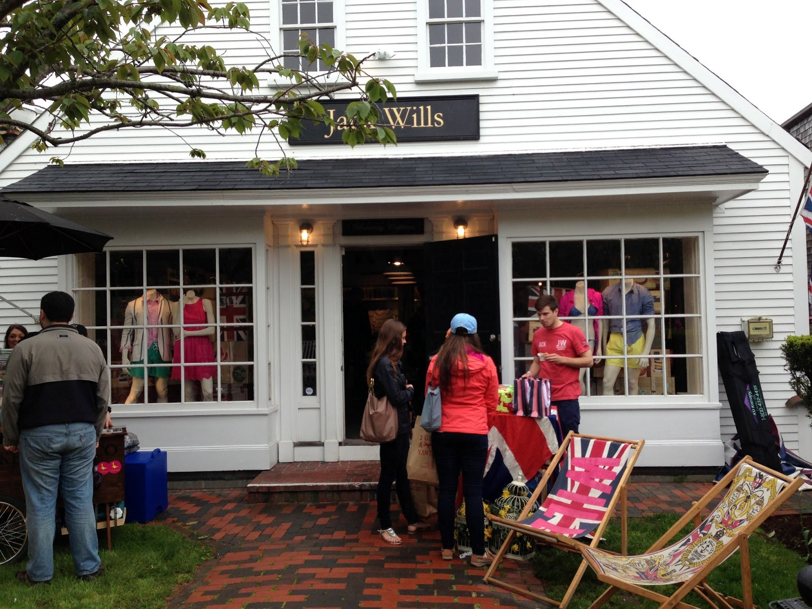Summer In Newport: Nantucket Shopping, Part 2