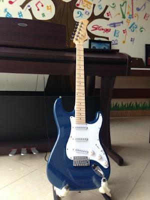 Bán Đàn guitar điện Vines (Xanh nước biển) Chính Hãng, Giá Tốt