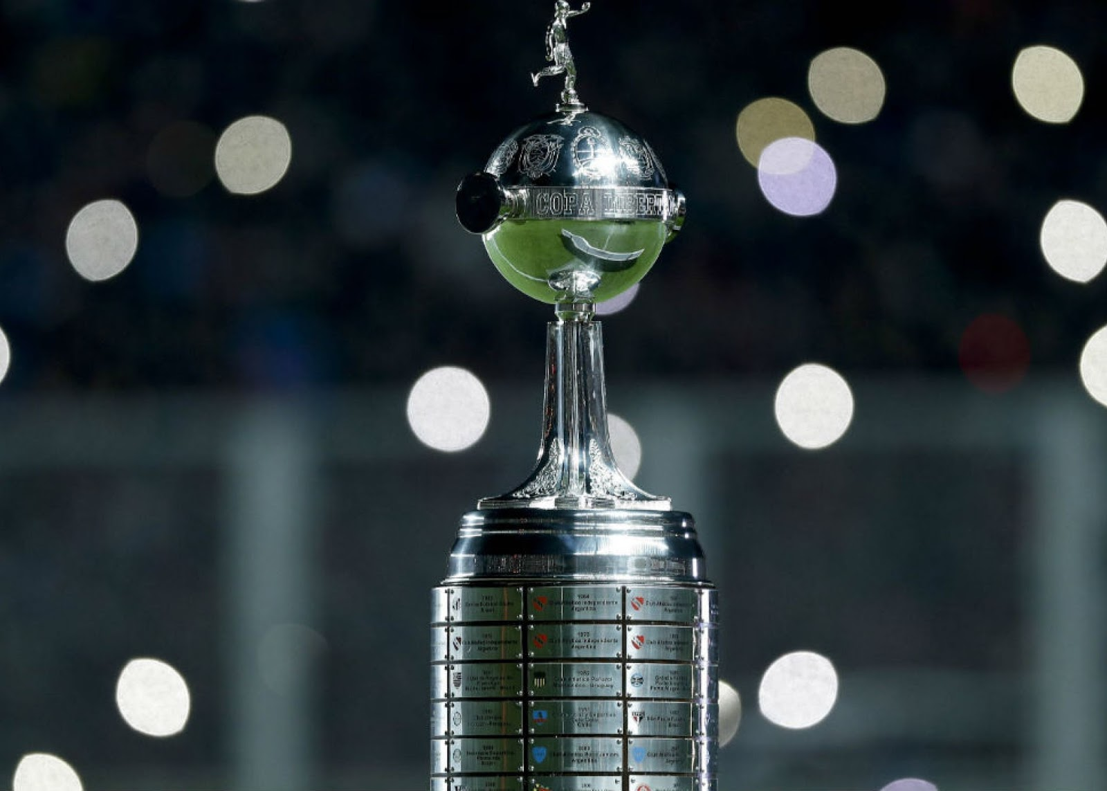 México tendrá que dejar Libertadores.