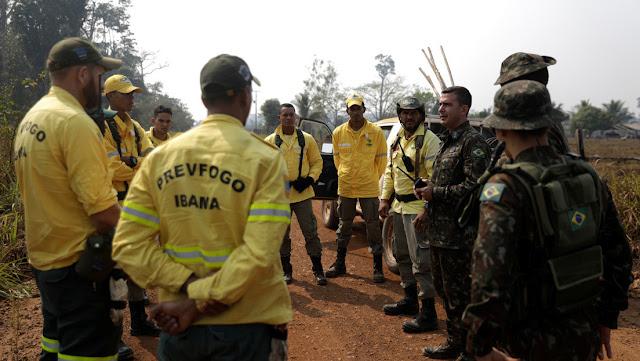 Bolsonaro elimina las penas de cárcel para policías y bomberos militares por razones disciplinarias en Brasil