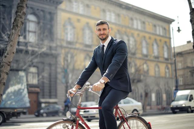 bersepeda membantu mengurangi polusi udara