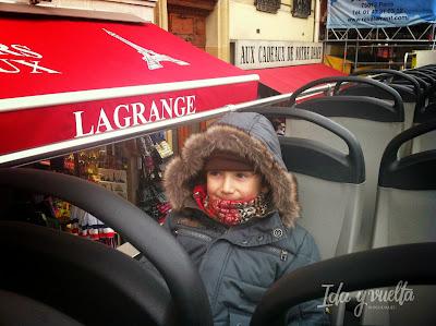 En bus turístico