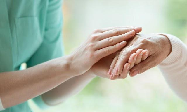 Νόσος Αλτσχάιμερ: Πολύ μεγάλη προσοχή σε αυτά τα συμπτώματα