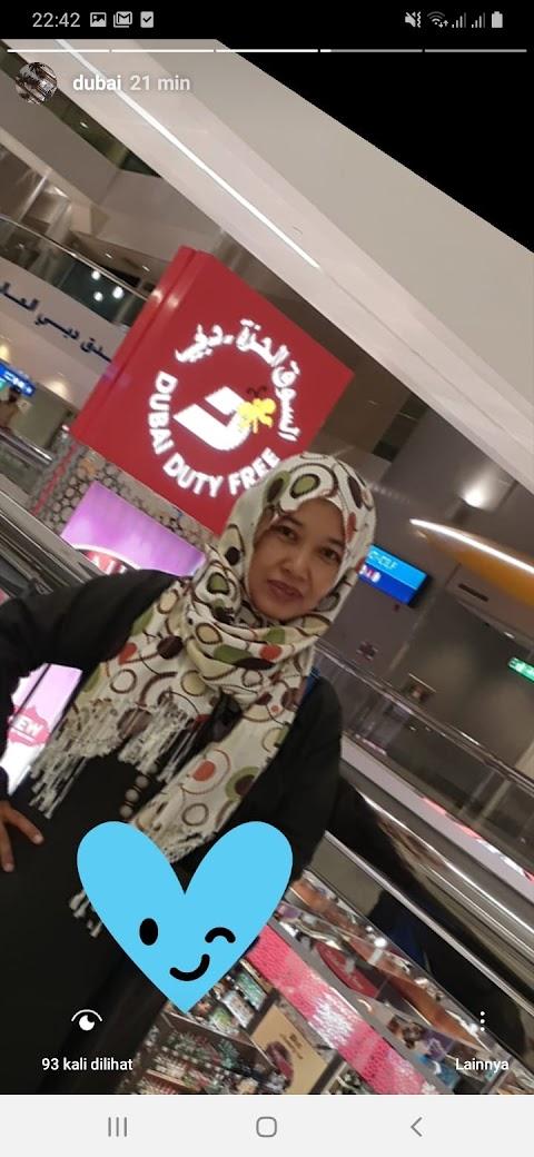 Dubai Airport (day 1)