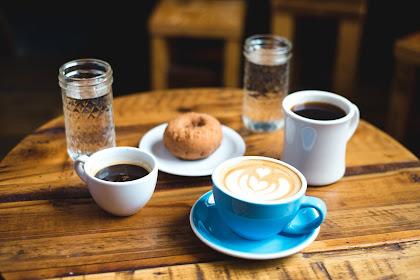 247 Cafe, Tempatnya Penggila Nongkrong