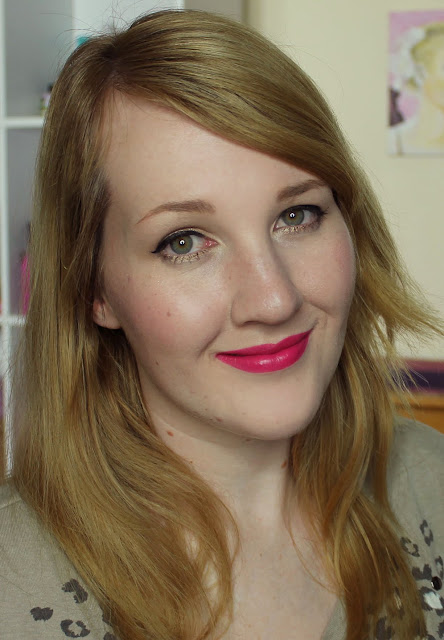 MAC X Philip Treacy Lipsticks - No Faux Pas Swatches & Review