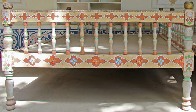 Tadjikistan, Douchanbé, topchan, tapchane, © L. Gigout, 2012
