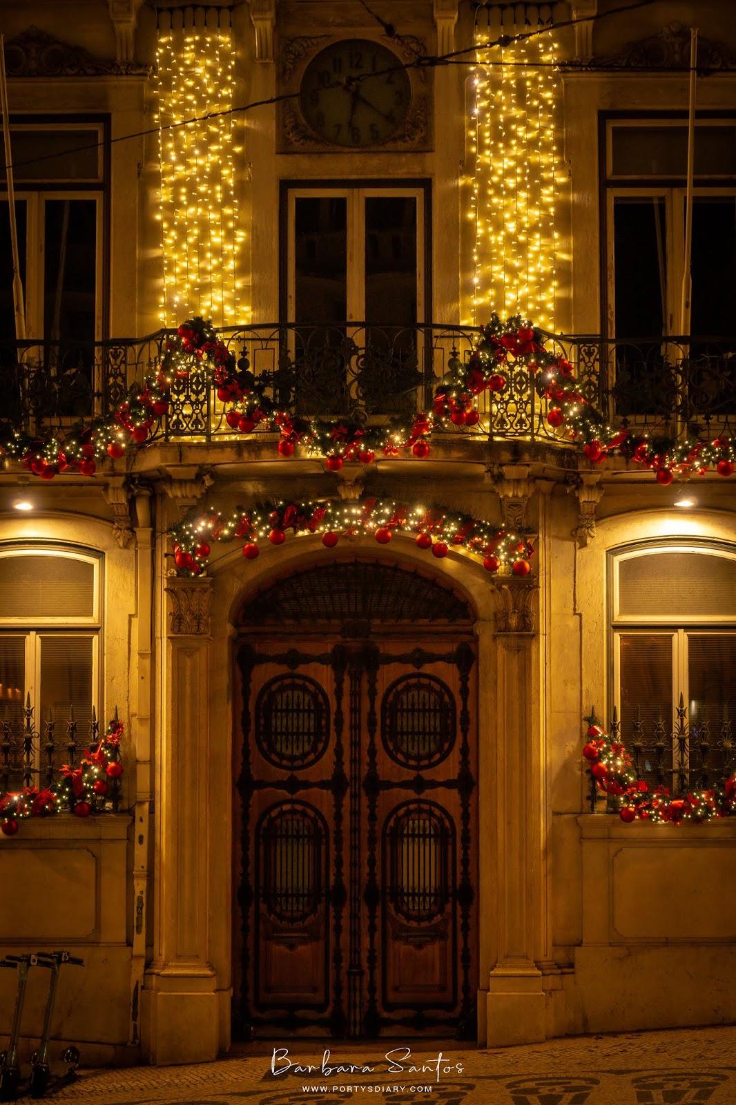 Largo do Chiado - Christmas Decorations in Lisbon
