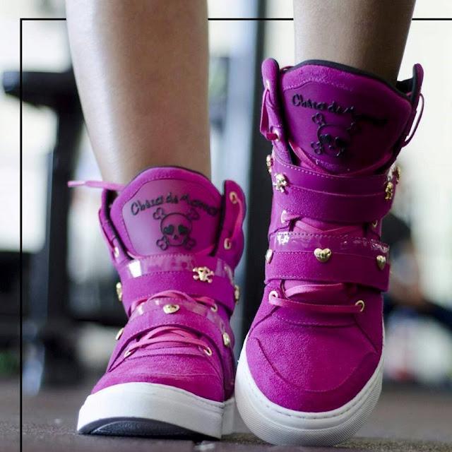 Bota Botinha Sneaker de treino rosa