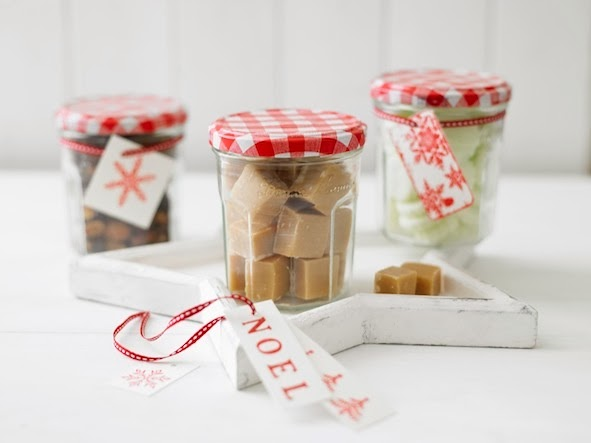 Christmas Crackers From Bonne Maman