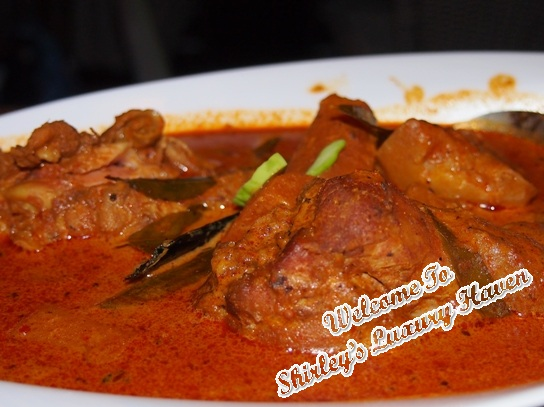 woody family cafe peranankan devils curry chicken