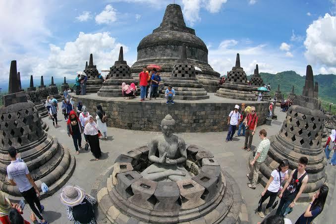 6 Pilihan Tempat Wisata  Traveling Religi