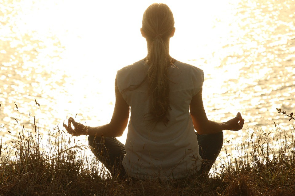 ARE THERE ANY BENEFITS OF PRACTISING SURYA NAMASKAR?