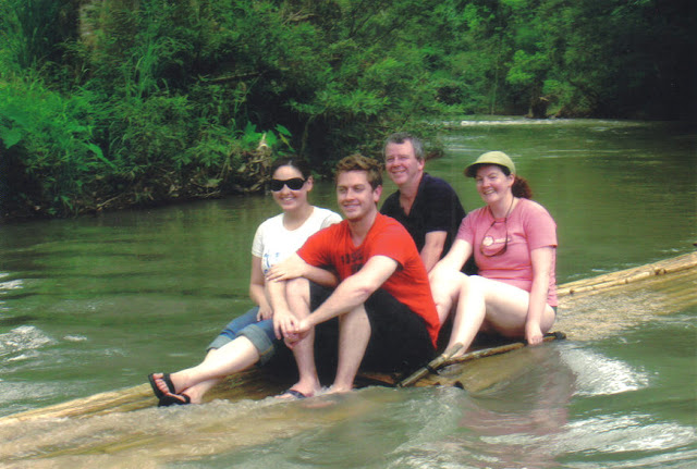 What to do on a honeymoon in Thailand: go on a bamboo rafting trek
