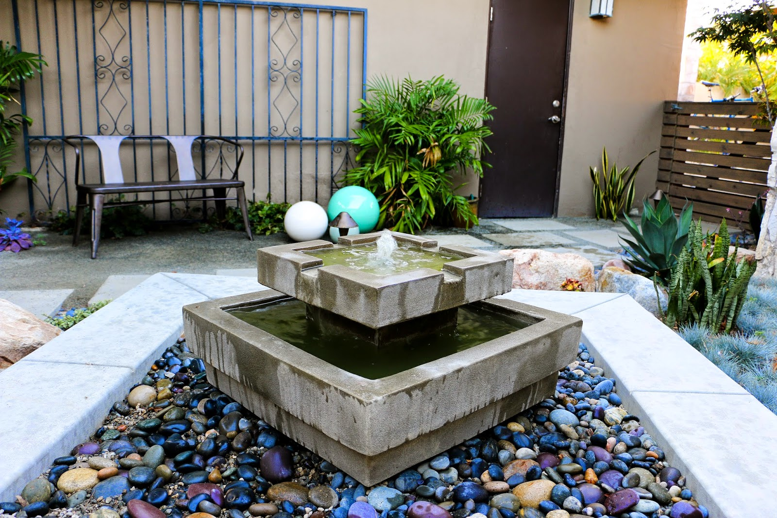 Mid Century Modern Drought Tolerant Landscaping Mid