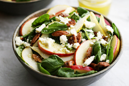 Apple and Pear, Creamy and Salty Feta Cheese, and Crunchy Pecans #vegan #recipevegetarian