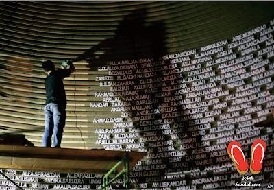 nama korban tsunami aceh di dalam museum