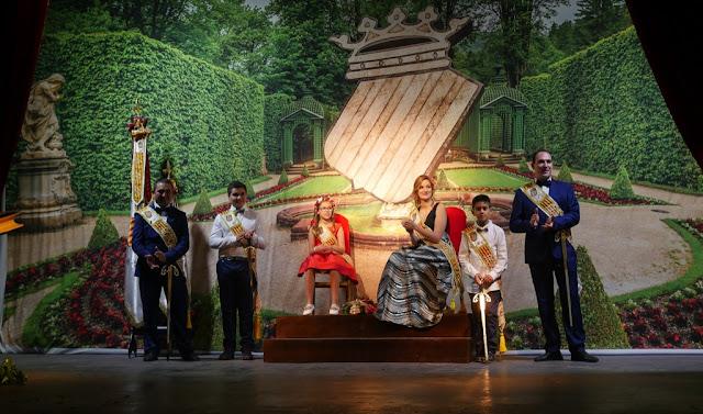 PRESENTACIÓN DE MADRINAS Y CARGOS FESTEROS 2018
