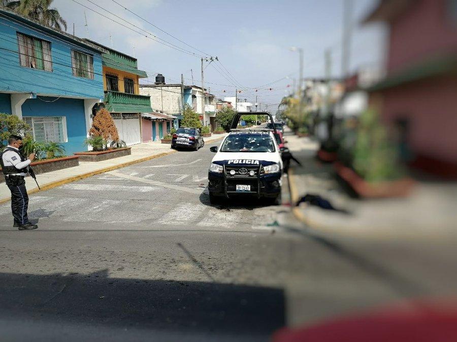 Fotos: Sicarios emboscan a Policías en Orizaba; Veracruz ejecutan a dos elementos y hieren a 2 mas de gravedad