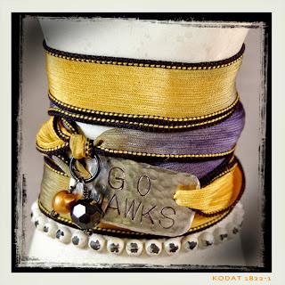 Iowa Hawkeye Bracelet