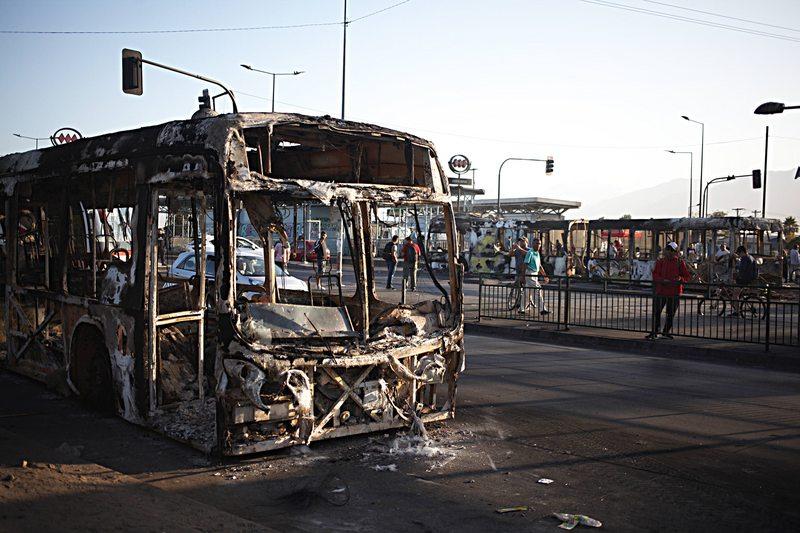 El caso del encapuchado que atropelló en Santa Rosa a un manifestante